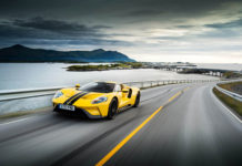 https://www.redacteur-web-freelance.com/video-ford-gt-arctic-circle-raceway/